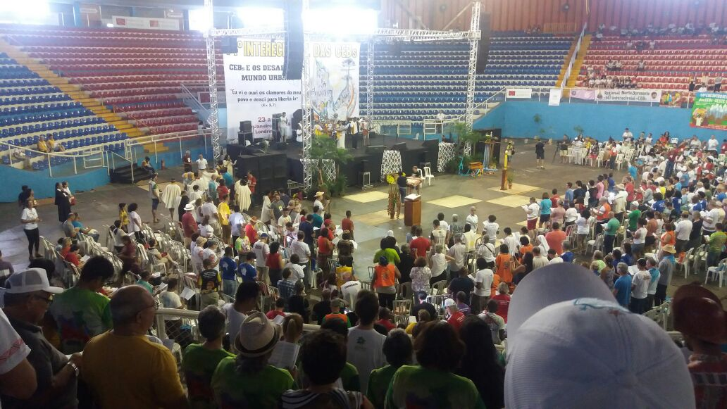 Com mensagem do Papa Francisco, Intereclesial das CEB's é iniciado em Londrina-PR
