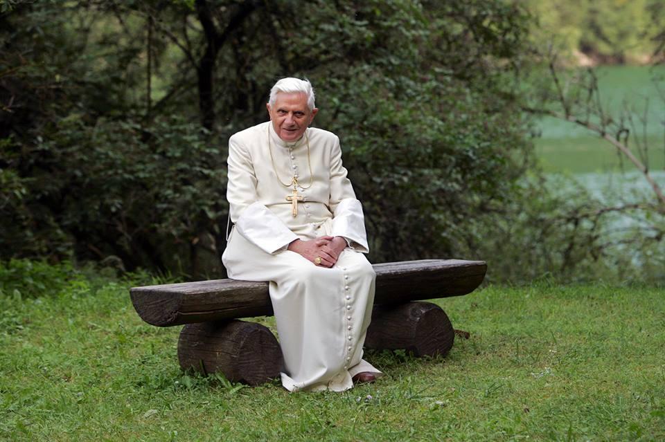 Católica de Belém promove estudo sobre Teologia de Bento XVI
