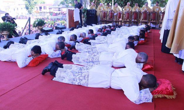 Novos Diáconos na Diocese de Abaetetuba