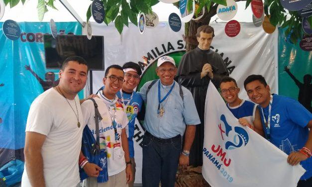 Bispo visita Feira Vocacional na JMJ