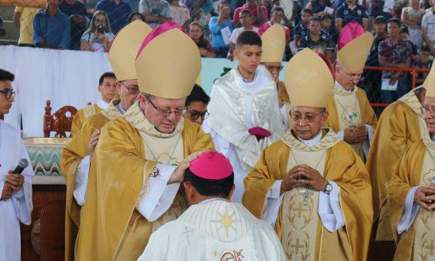 Dom Manoel Filho é ordenado em Bragança
