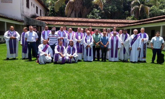 Diocese de Marabá realiza retiro no Sagrado Coração de Jesus.