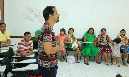 Cáritas promove Oficina de Economia Popular e Solidária com indígenas venezuelanos