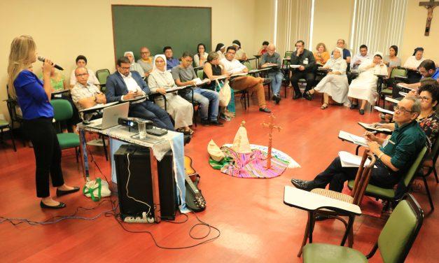 Religiosos participam de Seminário sobre Gestão