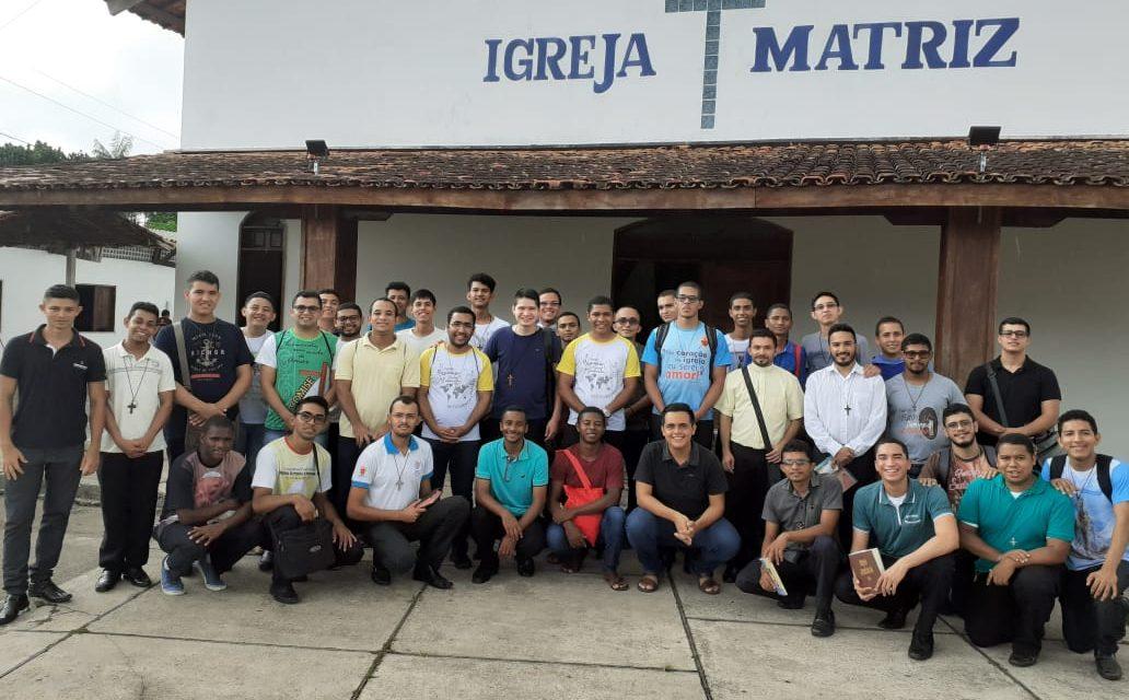 Seminaristas refletem Ação Missionária na Igreja