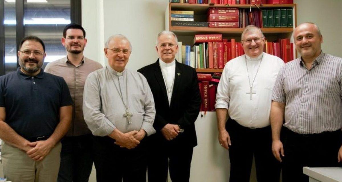 Dom Carlos Verzeletti participa de reunião da Comissão de Liturgia da CNBB