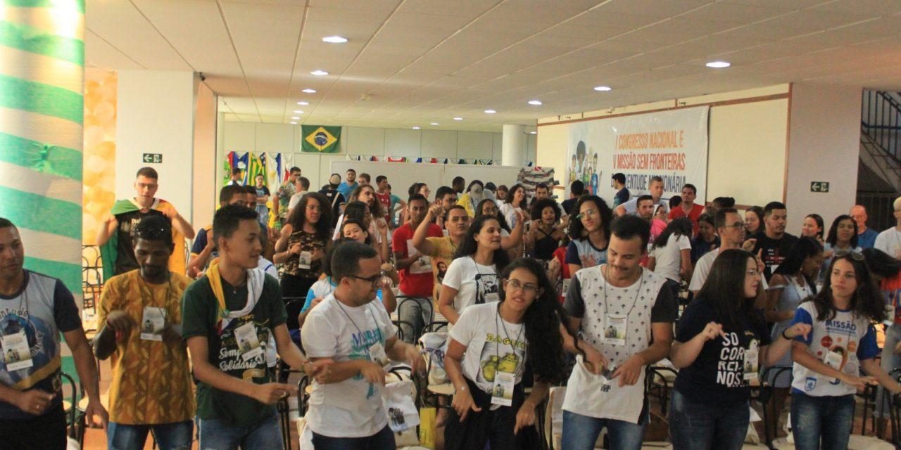 Juventude Missionária participa de Congresso e Missão sem Fronteiras