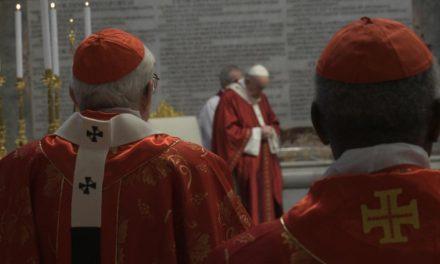 Dom Irineu Roman está entre os arcebispos brasileiros que receberão o Pálio Arquiepiscopal abençoado pelo Papa
