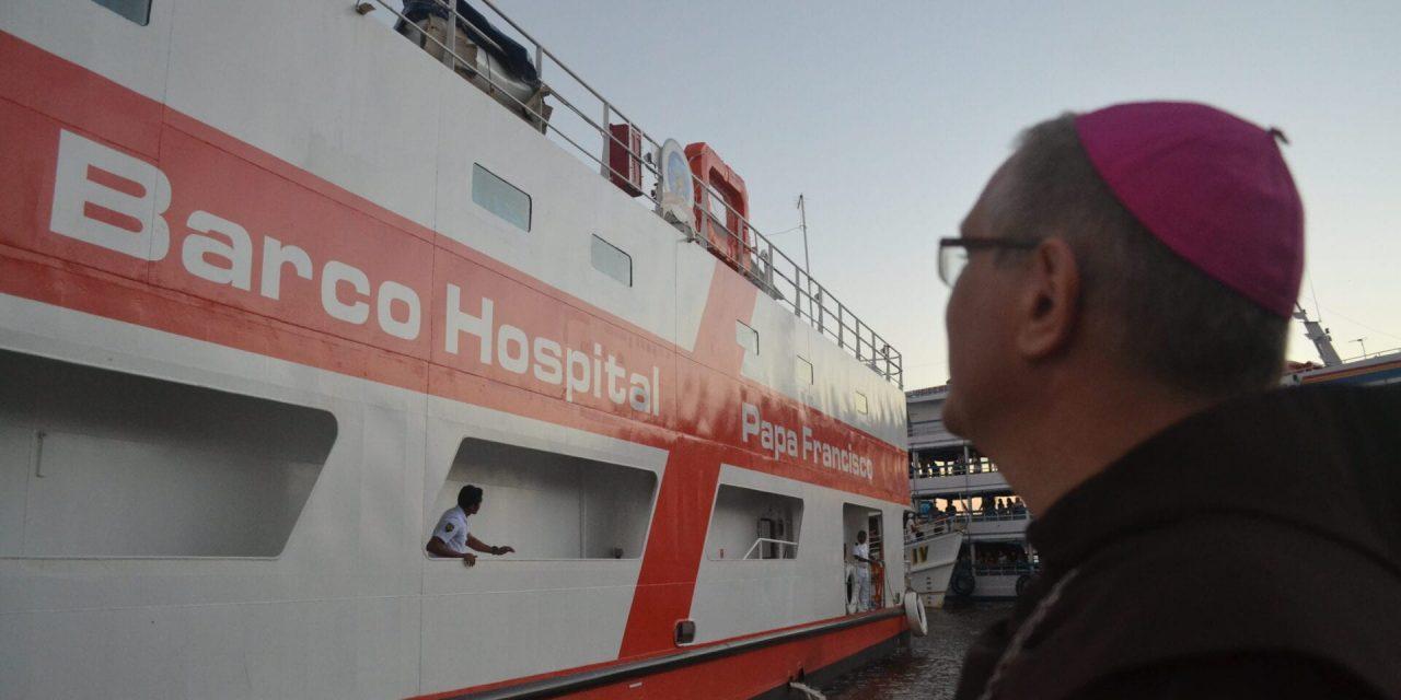 Prestes a completar um ano, Barco-Hospital Papa Francisco se une na luta contra a Covid-19
