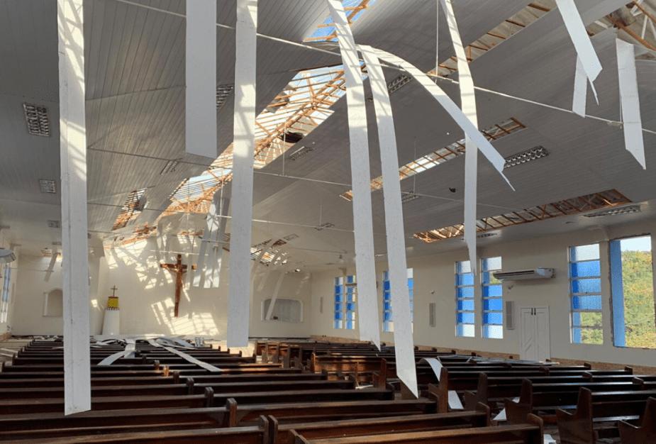 Ciclone Bomba atinge o Estado de Santa Catarina e deixa um rastro de destruição