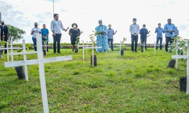Dom Pedro Conti participa de cerimônia inter-religiosa em memória de vítimas da Covid-19