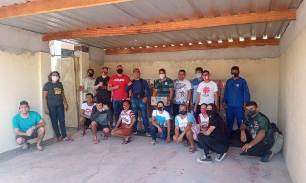 Famílias atendidas pela Cáritas Diocesana recebem ajuda durante apagão no Amapá