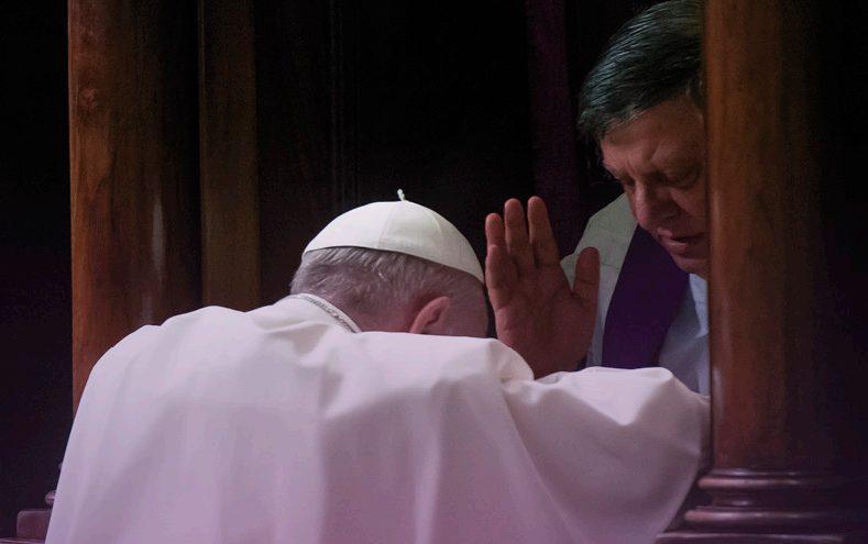 """Subsídio """"24 horas para o Senhor"""" ajuda os cristãos na oração para se aproximarem do sacramento da reconciliação"""