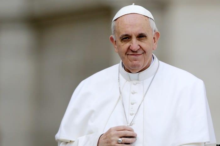 Em seus 8 anos de papa, Francisco ensina os valores essenciais da vida cristã e da igreja: a simplicidade e a misericórdia