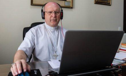 """""""Para nós cristãos, a Palavra é a ternura de Deus que se tornou letra"""", afirma Dom Peruzzo sobre o tema central da 58ª AG CNBB"""