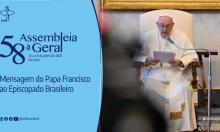 """Papa envia mensagem aos bispos e ao povo brasileiro no momento em que o país """"enfrenta uma das provas mais difíceis de sua história"""""""