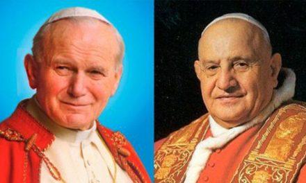 São João Paulo II e São João XXIII: reconhecidos santos há sete anos